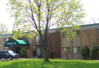 Oxboro Place, Apartments, Bloomington, MN, amenities, garage, air conditioning, heat, dishwasher, balconies, community laundry, spacious, garbage, recycling, controlled access entry, pre-wired high-speed internet phone, cable, barbecue, picnic areas, grocery, professional management, maintenance