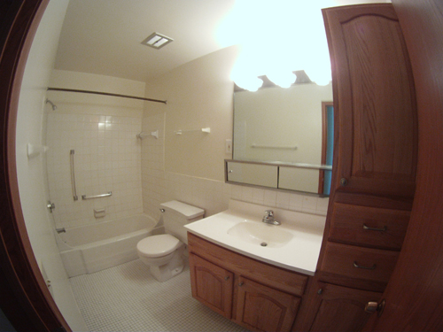 Bloomington, MN, Old Shakopee Village, bathroom, toilet, bath, shower, apartment, amenities, elevator, heat, spacious apartments